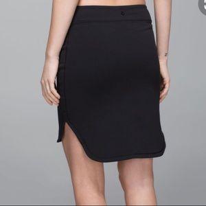 Lululemon Black City Skirt Size 6